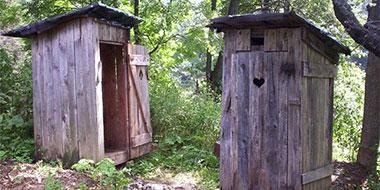 lauko tualetas vietinė kanalizacija